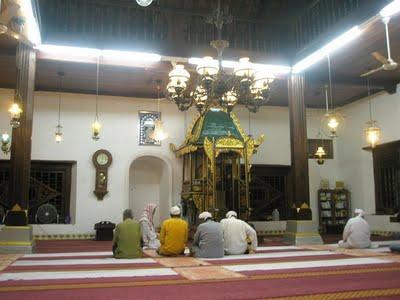 masjid-sepi