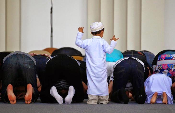 Mengenalkan Anak pada Masjid Sedini Mungkin 1